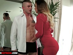 Fabulous be in charge sexpot in black stockings Cherie Deville gives elephantine BJ