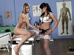 Extraordinary lesbian Lea Lexis use a strapon to please her at all events