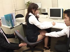 Bush-leaguer Japanese babe in miniskirt gets fucked in the office
